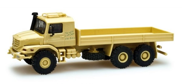 "Mercedes Zetros 6x6 ""The world is with Japan"" ""743846""  (1:87)"