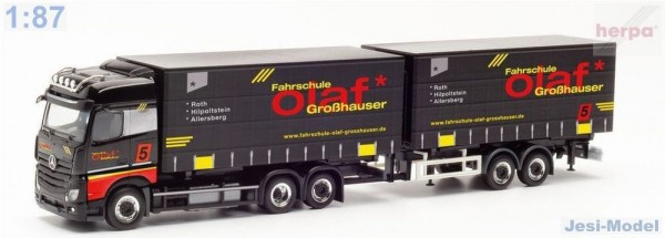 "MB Actros s tandemem ""Fahrschule Olaf Großhauser"" ""312240""  (1:87)"